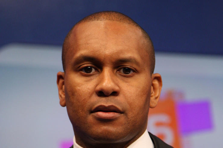 Kevin Powell Sues