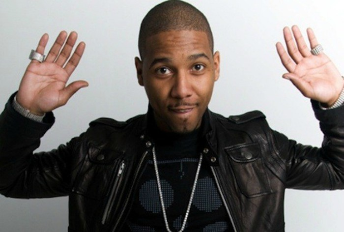 Airport police search for Juelz Santana rapper after finding gun